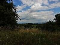 ...výhledy do kraje - chalupa k pronajmutí Chuchelna - Lhota