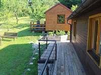 Menší chata s dvoulůžkem