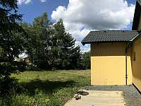 Horní zahrada - chalupa ubytování Chuchelna