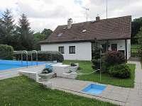 ubytování s bazéném Český ráj