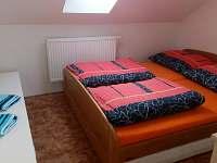 ložnice - pronájem apartmánu Mírova pod Kozákovem