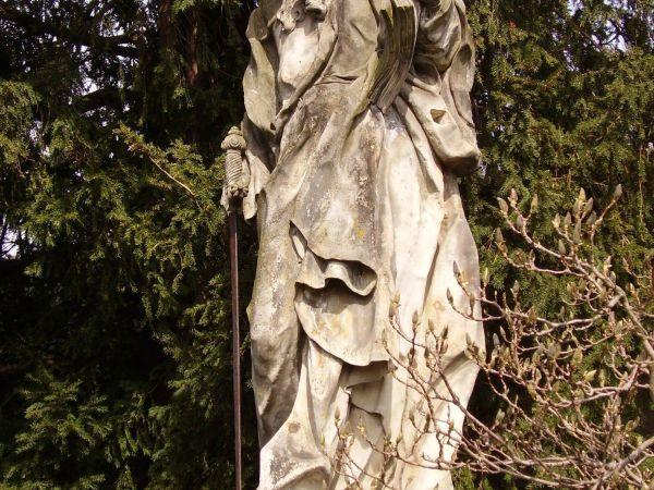 Barokní (a další) sochy v Buchlovicích