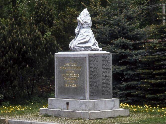 Bělá pod Pradědem – pomník padlých v Domašově