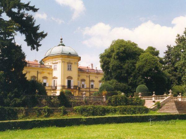 Buchlovice - zámecký park