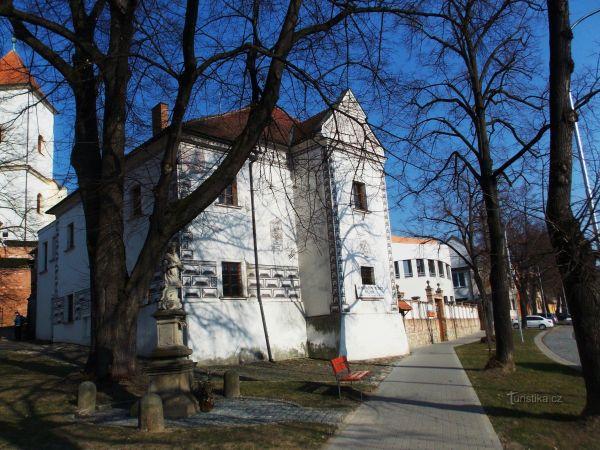 Budova renesančního zámku v Kyjově