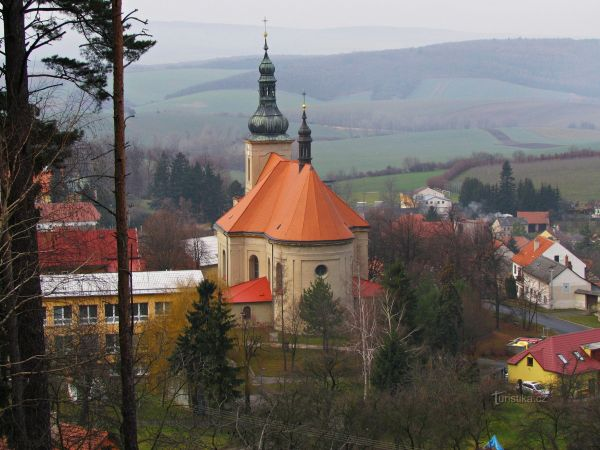 Chřiby - kostel Nanebevzetí P.Marie ve Střílkách