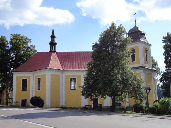 Deštné - kostel sv. Maří Magdaleny