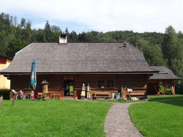 Dolní Lomná - Lomňanské muzeum