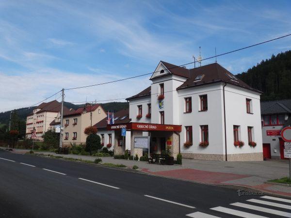 Dolní Lomná  - obec