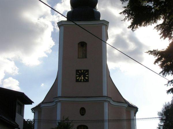 Domašov - kostel sv. Jana Křtitele