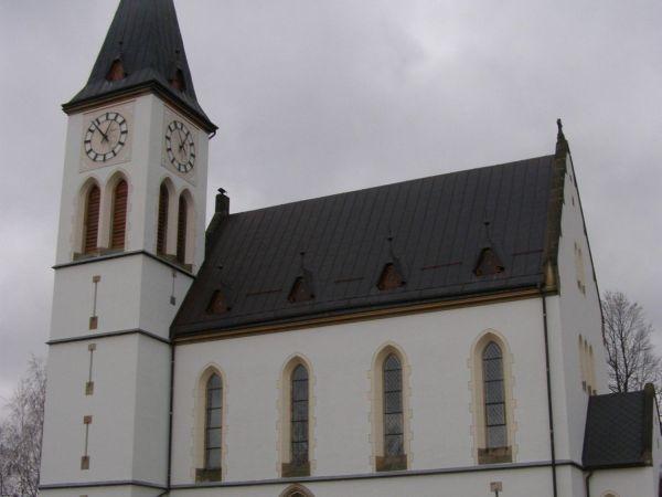 Horní Maxov - kostel Nejsvětějšího srdce Páně