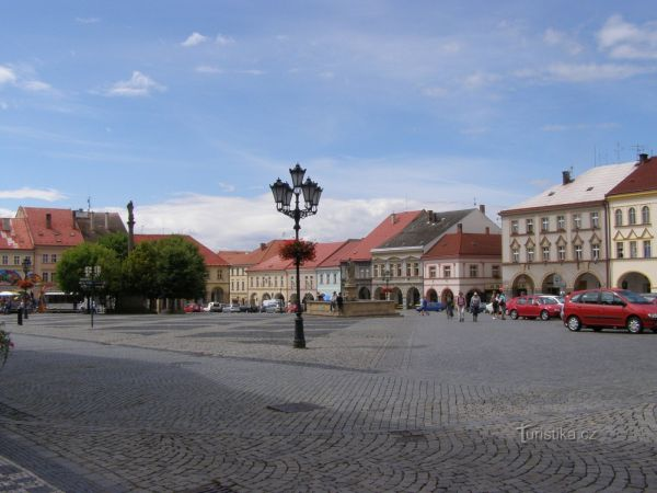 Jičín - Valdštejnovo náměstí