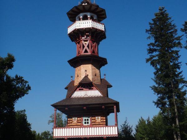 Jurkovičova rozhledna na Karlově kopci