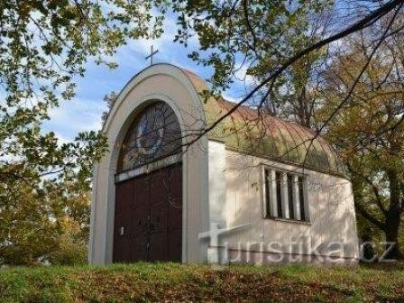 Kaple na vrchu Žerotín