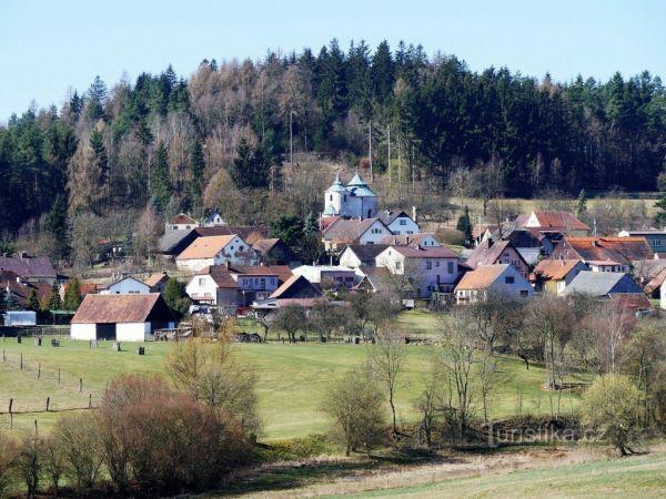Kostel sv. Jana Křtitele ve Zborovech.