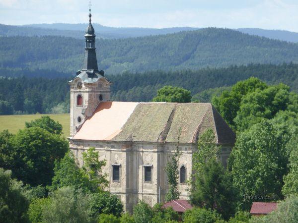 Kostel sv.Petra a Pavla v Bernarticích
