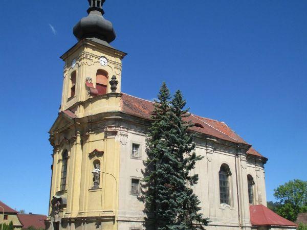 Kostel sv. Vavřince v Jezvé
