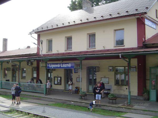 Lipová Lázně - železniční stanice