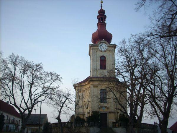 Městys Holany a skalní tvrz Jiljov