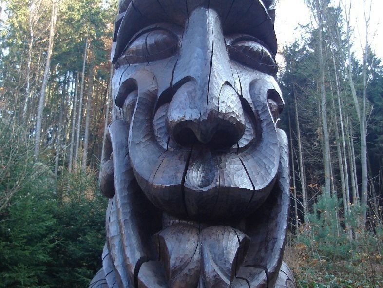 Pelíšek, ochránce Prachovských skal, stále bdí
