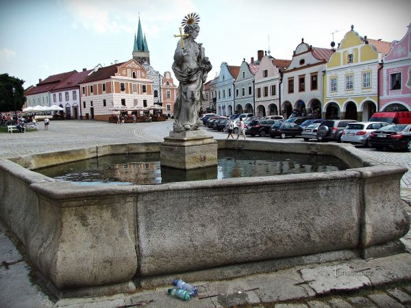 Pohádkové náměstí v Telči