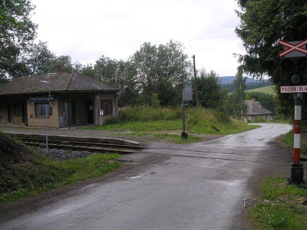 Prostřední Lipka - železniční stanice