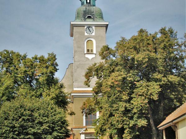 Rohatec - kostel sv. Bartoloměje