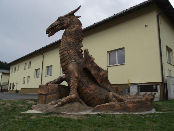 Ronov nad Sázavou – Český drak