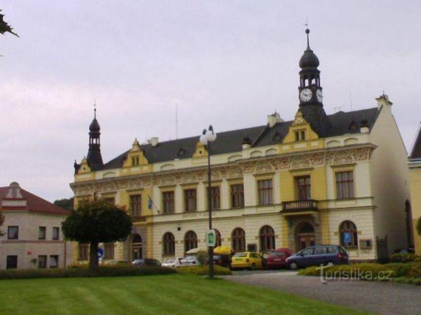 Rovensko pod Troskami - Masarykovo náměstí