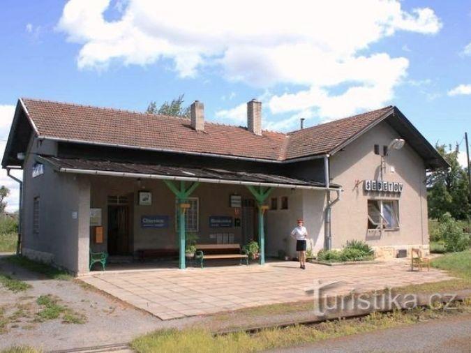 Šebetov - železniční stanice