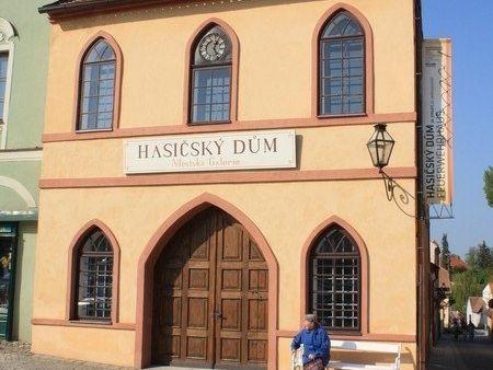 Telč - Hasičský dům-městská galerie