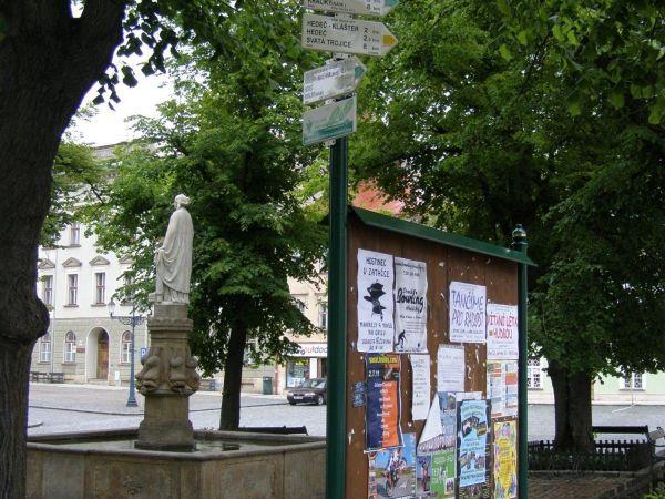 turistické rozcestí Králíky - náměstí