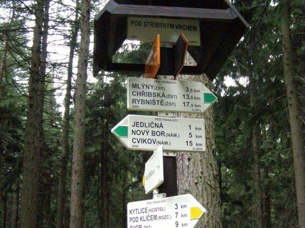 turistické rozcestí Pod Stříbrným vrchem