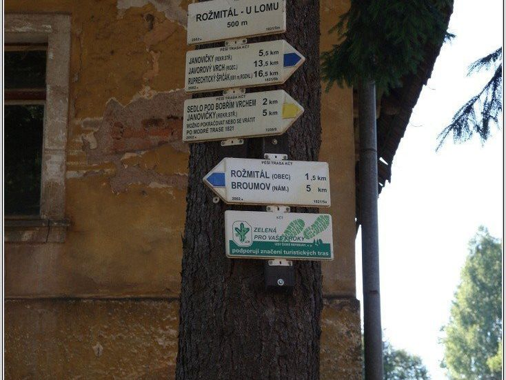 Turistické rozcestí Rožmitál, U lomu
