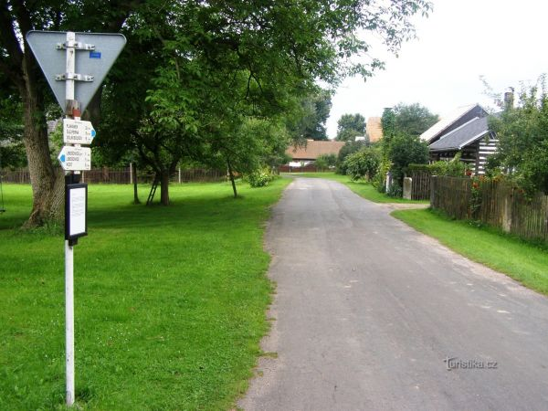 turistické rozcestí Vesec u Sobotky