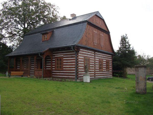 Turnov  (Kamenářský dům)
