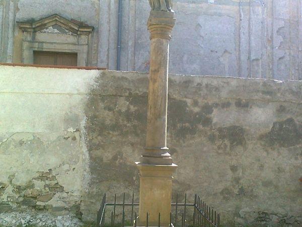 Úsov - socha Panny Marie