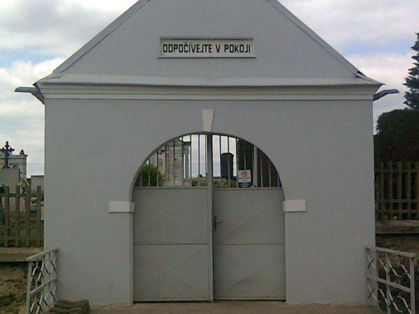 Úsovský hřbitov