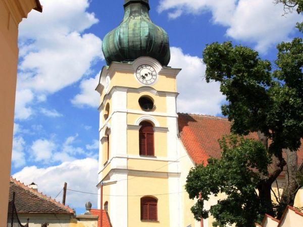 Vranov nad Dyjí - kostel Nanebevzetí Panny Marie