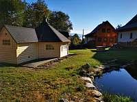 Grilovací domek se saunou a koupací jezírko - Stříbrnice