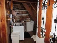 kuchyňský kout kde nic nechybí - chata k pronajmutí Horní Lipová