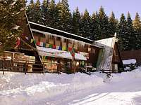 Hlavní budova s restaurací