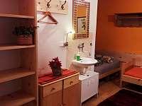 4 lůžková ložnice v přízemí - Hostice