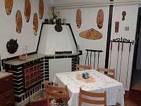 Krb v obývací ložníci - malý apartmán - Sobotín