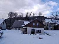 Chalupa v zimě - Loučná nad Desnou
