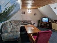 Obývací místnost - apartmán 3 (podkroví) - Kouty nad Desnou
