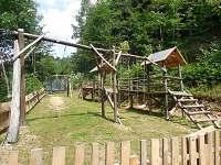 Dětské hřiště s lanovkou. - chata k pronajmutí Štědrákova Lhota