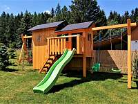Dětské hřiště - chalupa k pronajmutí Filipovice