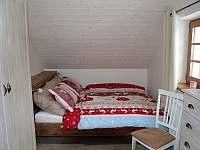 Podkroví - čtyřlůžkový pokoj (2x manželská postel)
