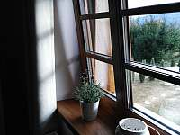 Podkroví - třílůžkový pokoj A (1x manželská postel, 1x samostatné lůžko)